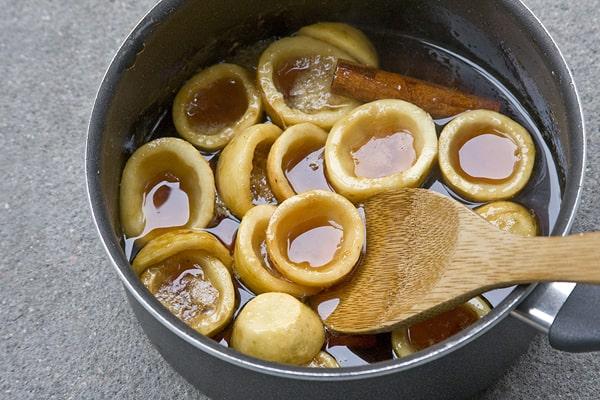 Guayabas en almíbar