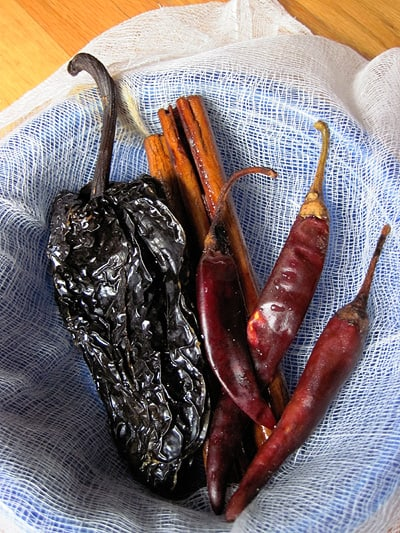 Ingredients for spicy fig jam: chile ancho, canela, chile pulla - get more Mexican recipes on theothersideofthetortilla.com