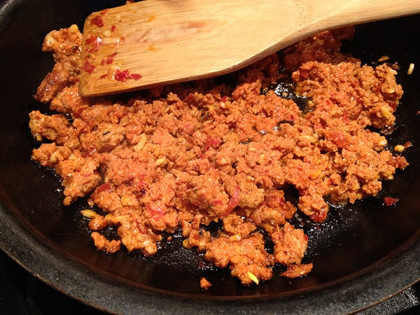 How to make your own homemade chorizo. Get this and more Mexican recipes at theothersideofthetortilla.com.