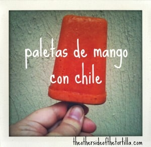 Paletas de mango con chile
