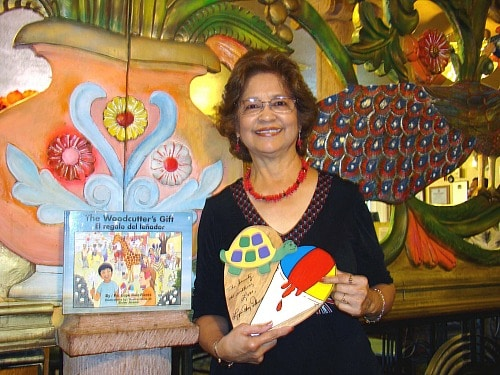 Author Lupe Ruiz-Flores