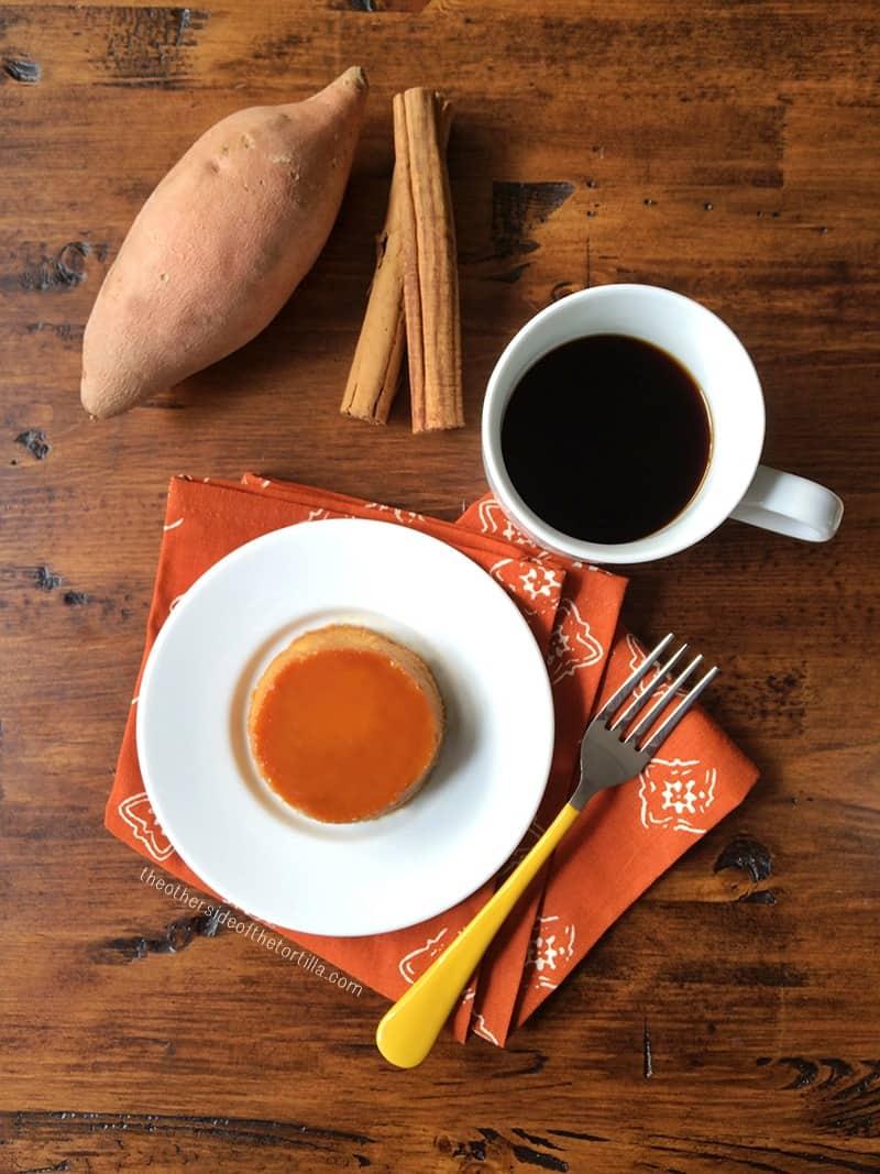 Sweet potato flan #recipe from theothersideofthetortilla.com with California Sweetpotatoes #CAbatata