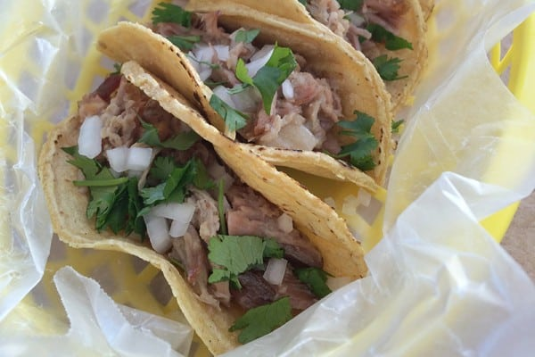How to make Mexican carnitas with a slow-cooker. Recipe on theothersideofthetortilla.com.