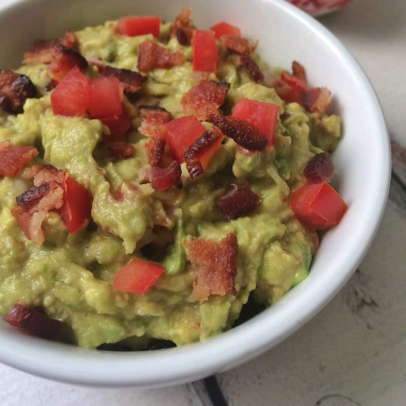 BLT guacamole - The Other Side of the Tortilla