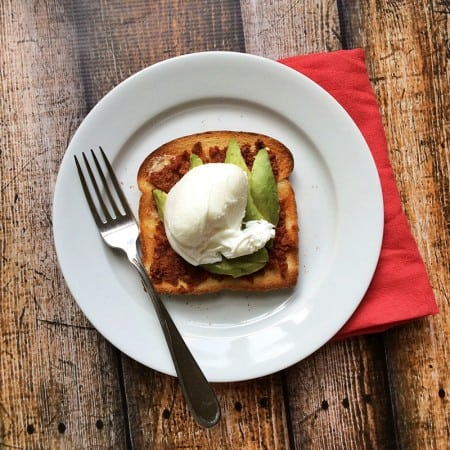 How to make Mexican chorizo avocado toast with a poached egg - Recipe via theothersideofthetortilla.com