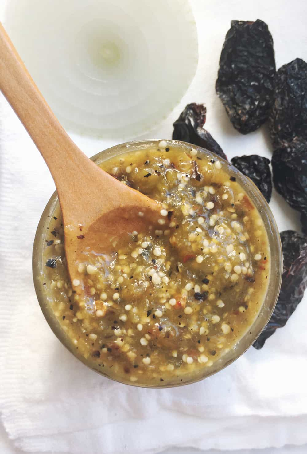 How to make a roasted tomatillo and chile morita salsa